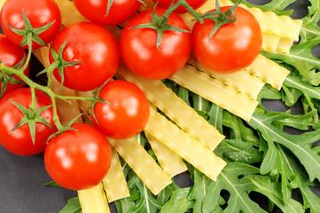 nudeln -tomaten