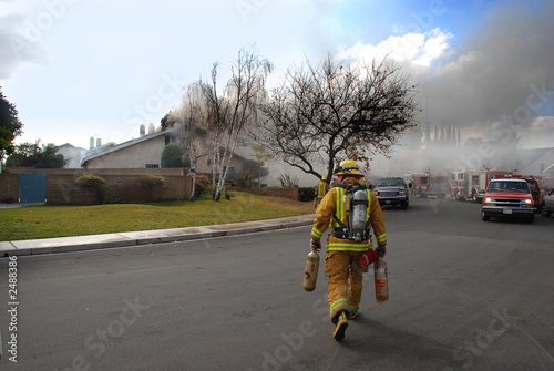 Leinwanddruck Bild fire fighters
