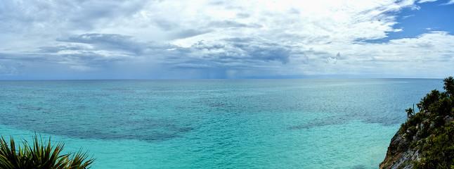 """tulúm """"cité fortifiée ou cité de l'aube"""" la plage"""