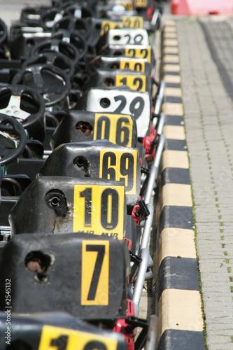 aligned karts 1