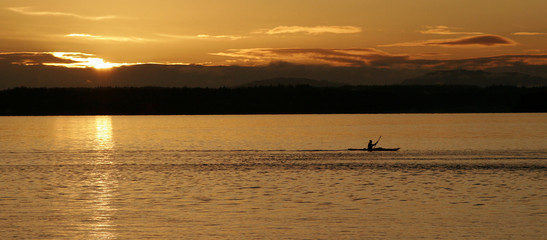 sunset kayaker wide