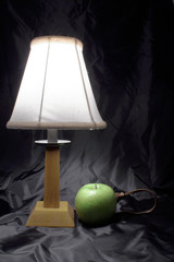 apple powered lamp