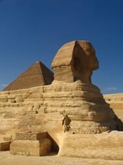 sphinx pyramid 2