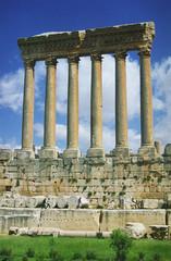 baalbek -   columns