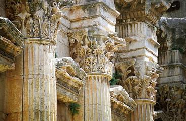 baalbek -   columns detail