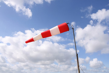 windsock (horizontal)