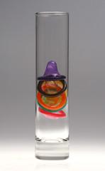vaso con preservativos