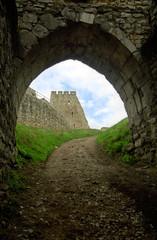 spiš castle (spisky hrad) - gate