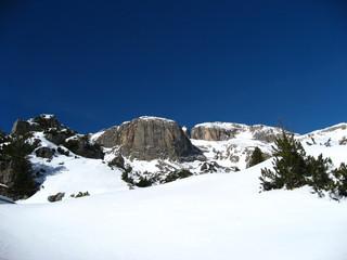 montagna cielo blu