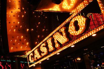 las vrgas neon casino sign