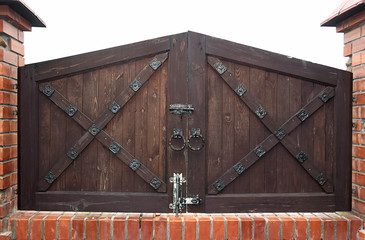old fashioned gates
