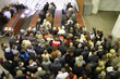 escalator crowd - 2713969