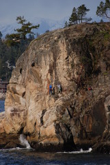 rock climbing in lighthouse park