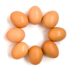 3 eggs in a circle