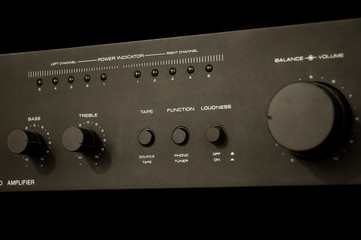 grainy amplifier