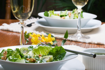 vegetarian green salad dinner