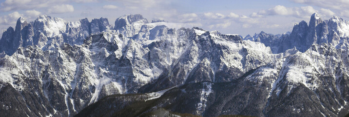 panoramic effect of mountains