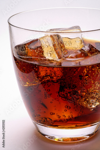 glass of cola drink with ice (2)