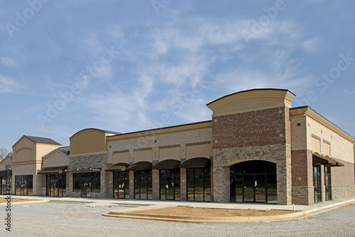 new retail plaza