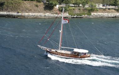 masted  sailing boat