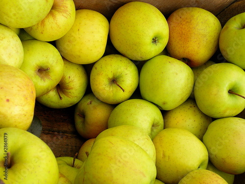 wooden crate of fresh apples