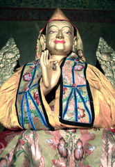 tsongkapa - the tibetan guru