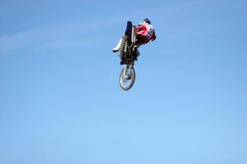 dirtbike airborne