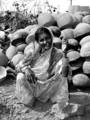 vintage lady n' pots