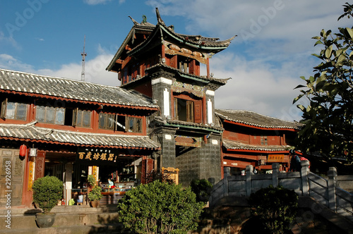 chinese building in lijiang