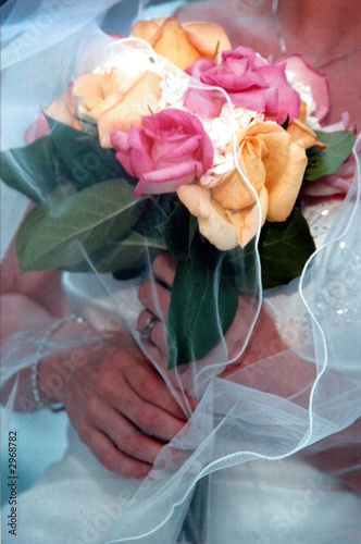 pink and yellow rose bouquet