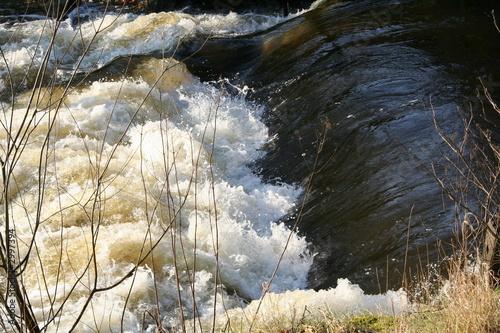 little waterfall - 2997394