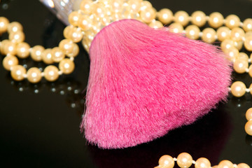 hot pink and pearls