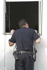 police investigating burglary