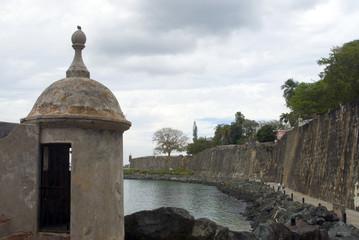 sentry post at the wall el morro