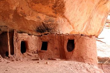 anasazi cliff dwelling