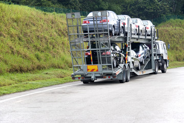 motorcar transporter