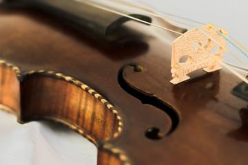 violine mit intarsien