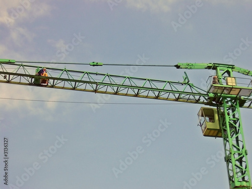 worker on the crane