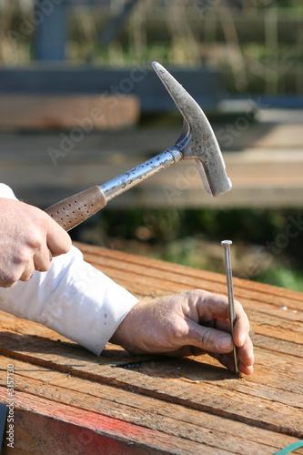 hammer und nagel von pickks lizenzfreies foto 3157130. Black Bedroom Furniture Sets. Home Design Ideas