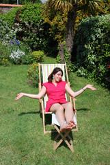 femme femme en chaise longue