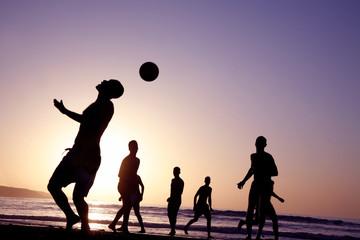 futbol en la playa