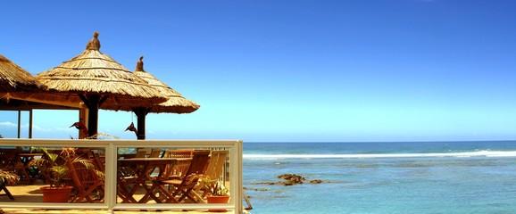 restaurant, terrasse sur lagon