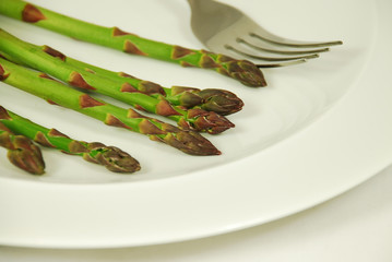 asparagus and fork