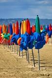 parasols colorés poster