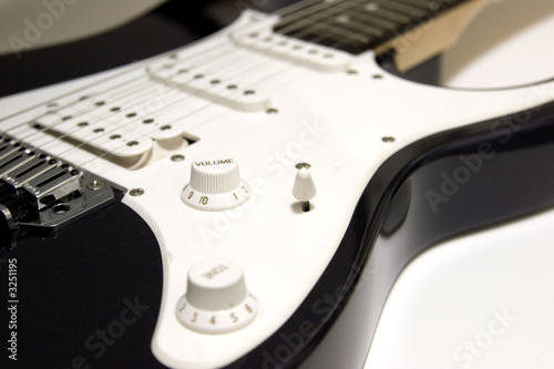 Black & White Guitar Boday
