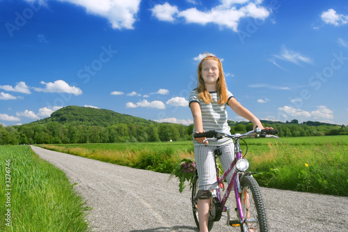 girl with cycle