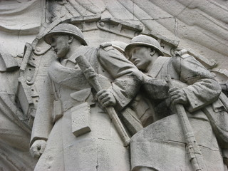 monument au morts - cambrai -france