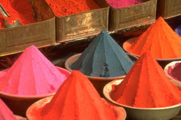 inde - poudre colorée