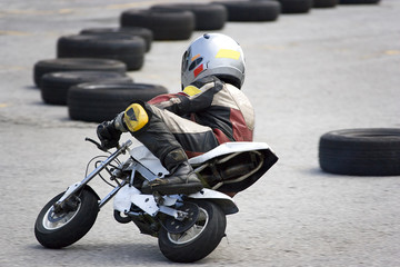 pocket bike race