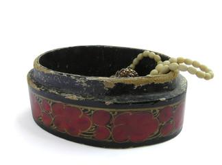 1215 - coffret à bijoux (détourage inclus)